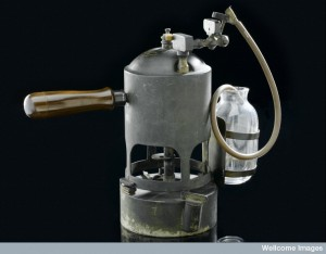 Carbolic steam spray used by Joseph Lister, England, 1866-18. Courtesy of the Science Museum, London, Wellcome Images.