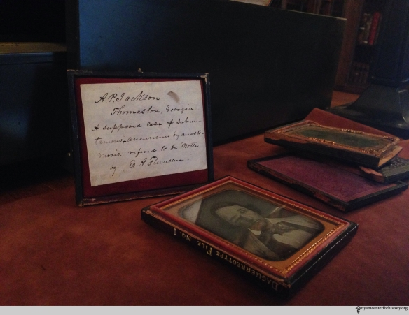 Dr. Edward Archelaus Flewellen's note and photograph, sent to Dr. Valentine Mott. Photo by Heidi Knoblauch.