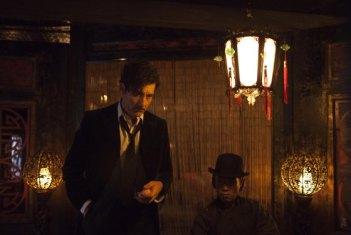 Dr. John Thackery (Clive Owen) visits an opium den. Cinemax, 2014