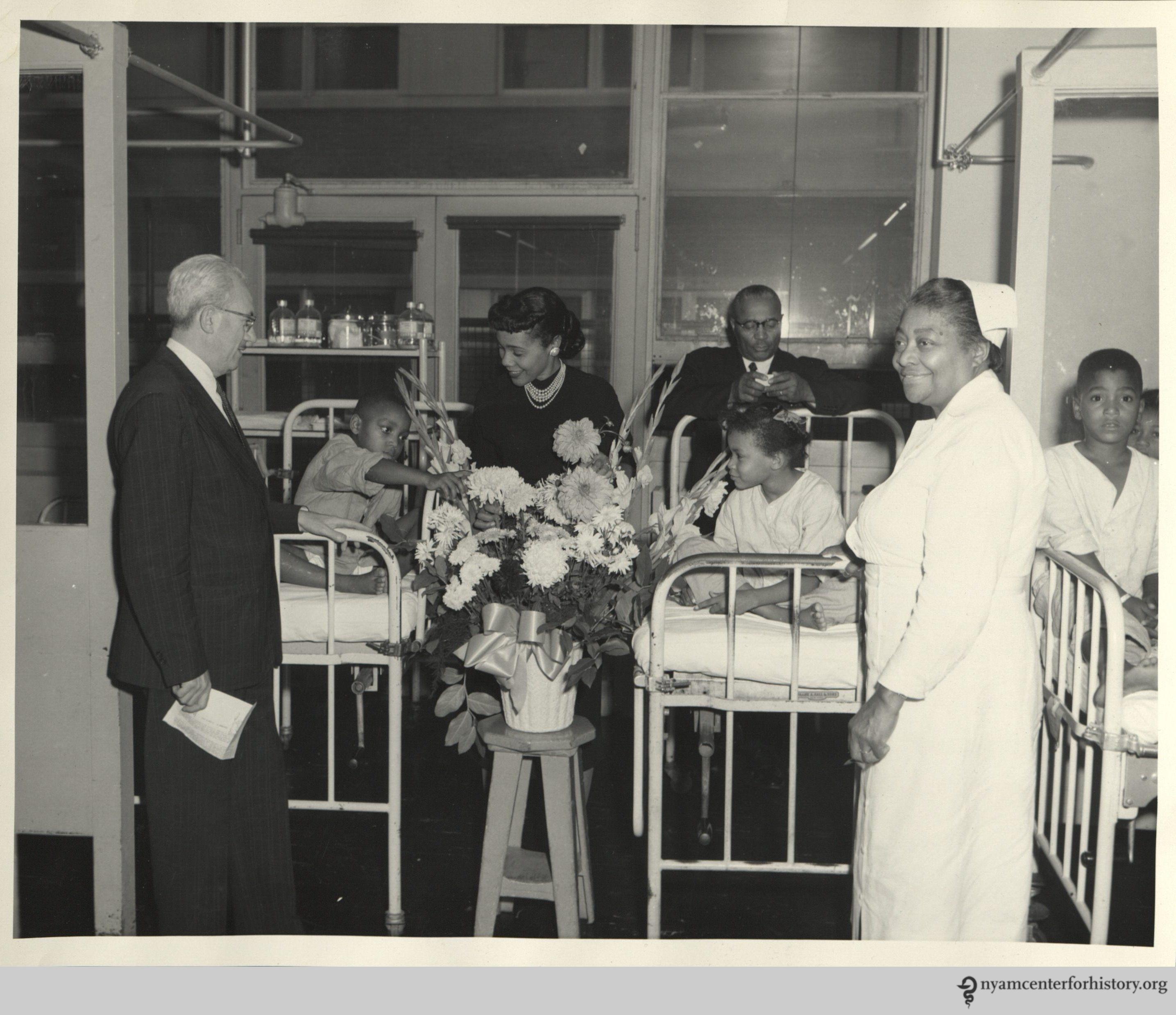 HarlemHospital_CorettaScottKing_1958_watermark